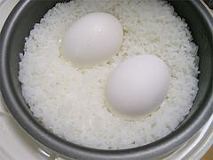 炊飯ジャーでゆでた卵